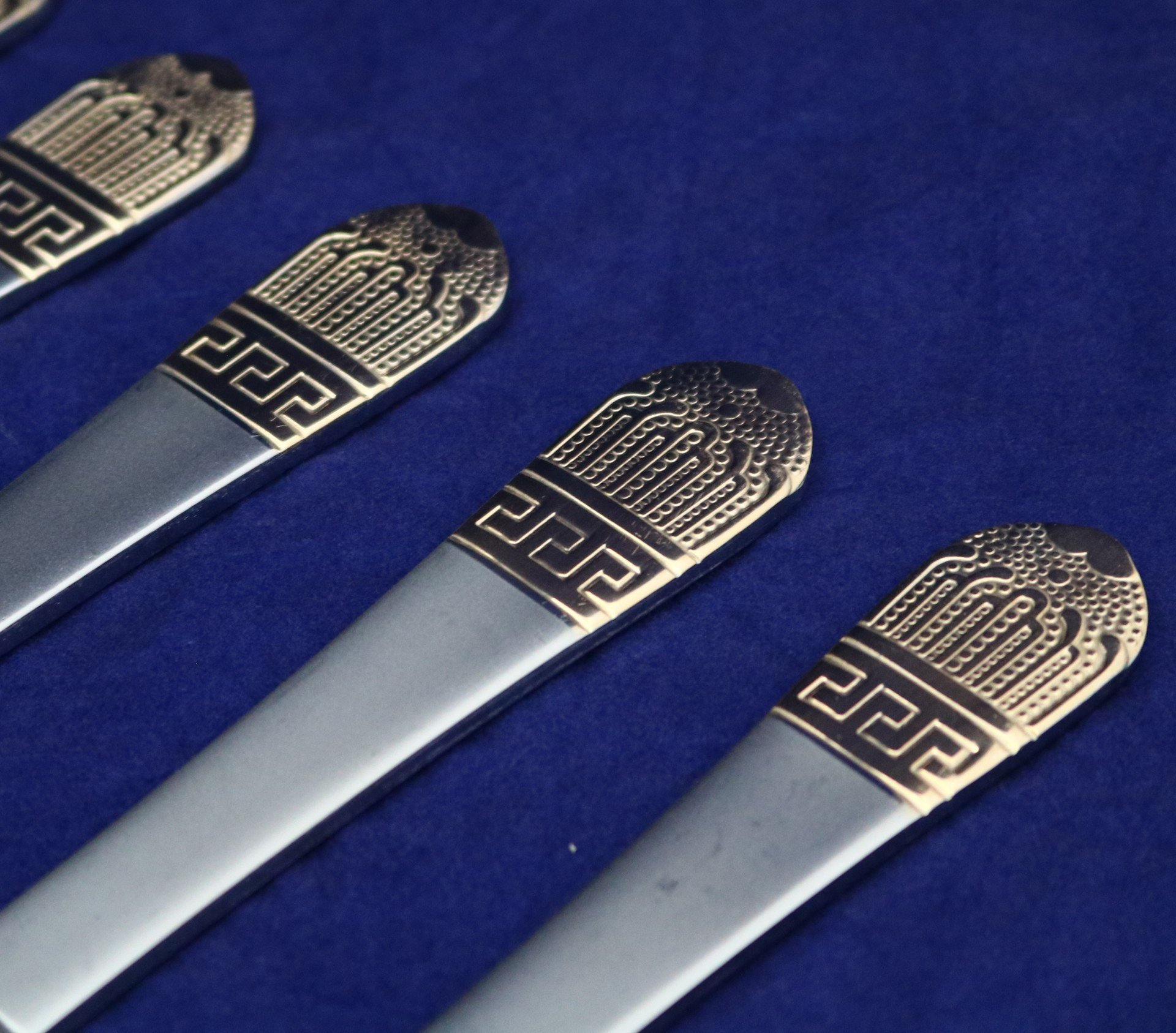6 Pcs Gold Table Knife