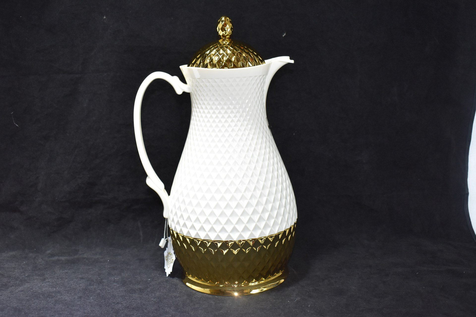Thermos Flask 1.0L White and Gold