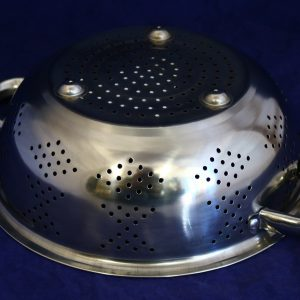 Stainless Steel 24 cm Strainer with Handle